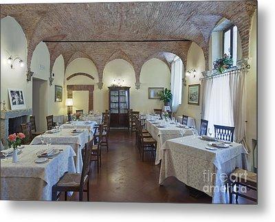 La Grotta Restaurant Dining Room Metal Print by Rob Tilley