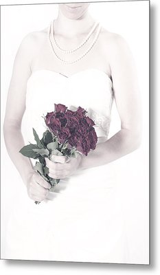 Lady With Roses Metal Print by Joana Kruse