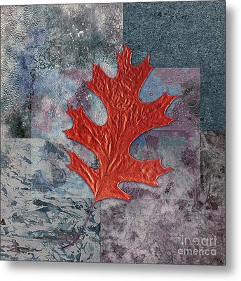 Leaf Life 01 - T01b Metal Print by Variance Collections