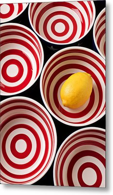 Lemon In Red And White Bowl  Metal Print by Garry Gay