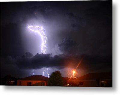 Lightning Strikes Metal Print by Ronald T Williams