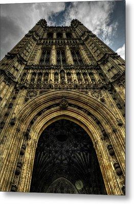 London 010 Metal Print by Lance Vaughn