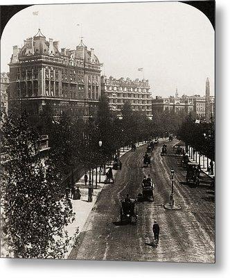 London: Embankment, 1908 Metal Print by Granger