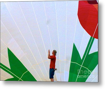 Lost Infront Of The Balloon Metal Print by Mark Dodd