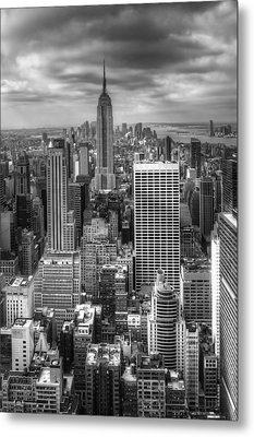 Manhattan01 Metal Print by Svetlana Sewell