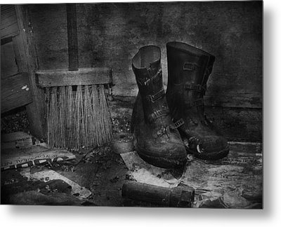 Men At Work Metal Print by JC Photography and Art