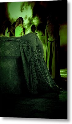 Merry Meet Green Metal Print by Jasna Buncic