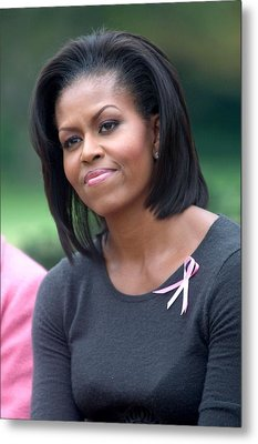 Michelle Obama At The Press Conference Metal Print by Everett