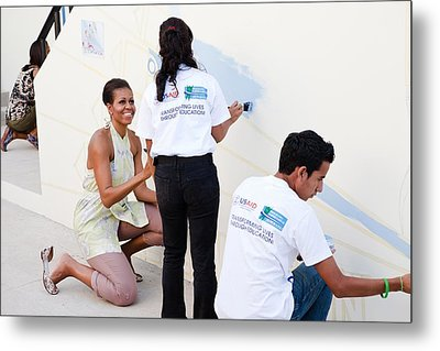 Michelle Obama Helps Paint A Mural Metal Print by Everett