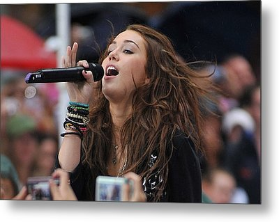 Miley Cyrus On Stage For Nbc Today Show Metal Print by Everett