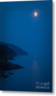 Moonrise Over Vernazza Metal Print by Doug Sturgess