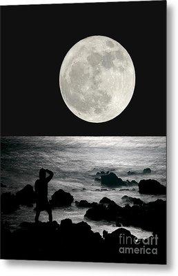 Moonrise Metal Print by Paul Topp