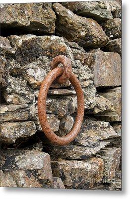 Mooring Ring And Rust Metal Print by Steev Stamford
