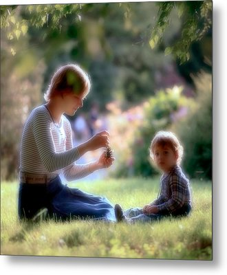 Mother And Kid Metal Print by Juan Carlos Ferro Duque