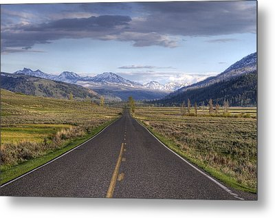 Mountain Road Metal Print by DBushue Photography