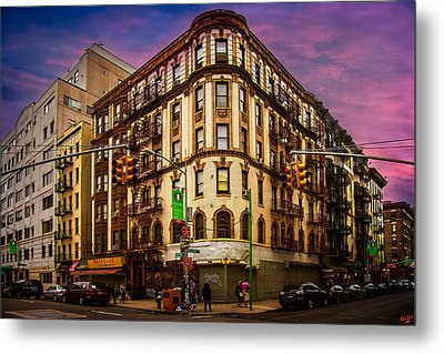 Mulberry And Broome Metal Print by Chris Lord