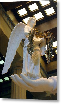 Nike Goddess Of Victory Metal Print by Linda Phelps