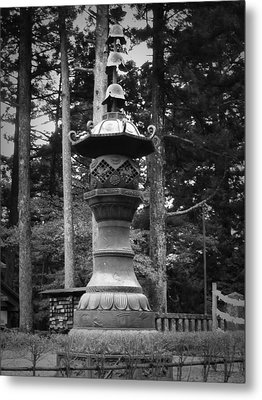 Nikko Sculpture Metal Print by Naxart Studio