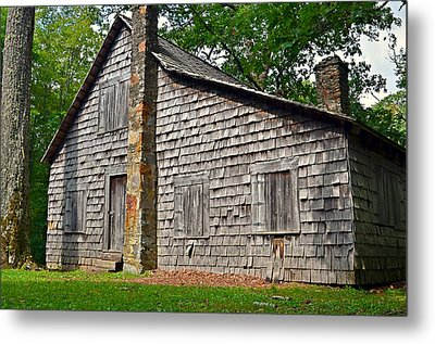Old Home In Forest Metal Print by Susan Leggett