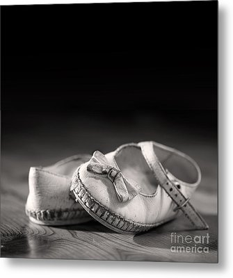 Old Shoes Metal Print by Jane Rix