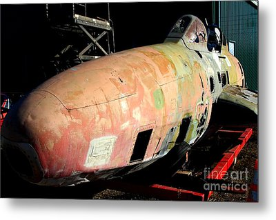 Old Us Fighter Jet Fuselage . 7d11252 Metal Print by Wingsdomain Art and Photography