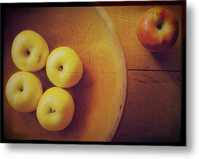 Out Of The Bowl Metal Print by Toni Hopper