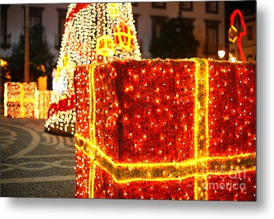 Outdoor Christmas Decorations Metal Print by Gaspar Avila