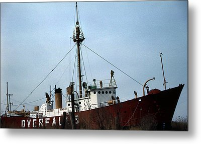 Overfalls Lightship Metal Print by Skip Willits