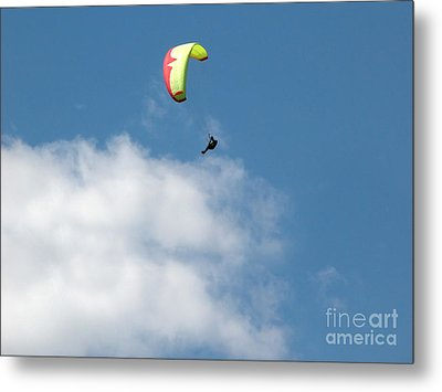 Paraglider Metal Print by Cindy Singleton
