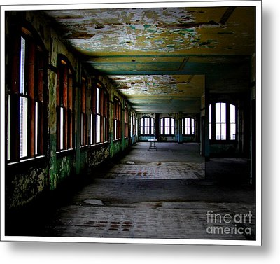 Penthouse  Metal Print by Tammy Cantrell