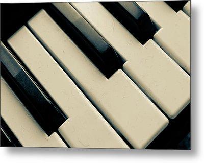 Piano Keys Metal Print by Dm909