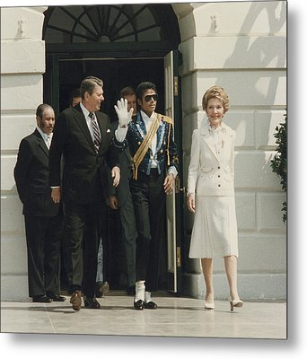 President And Nancy Reagan With Michael Metal Print by Everett