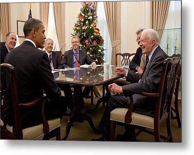 President Obama Talks With Former Metal Print by Everett