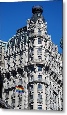 Rainbows And Architecture Metal Print by Rob Hans