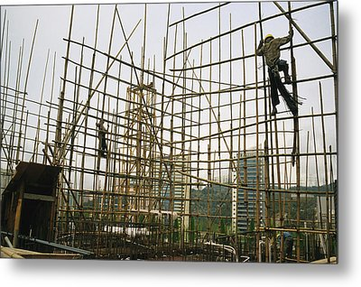 Rare Bamboo Scaffolding Used In Hong Metal Print by Justin Guariglia