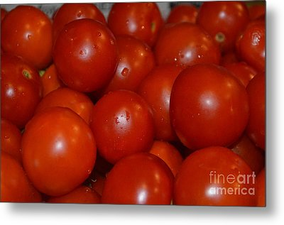 Red Ripe And Round Metal Print by Johanne Peale
