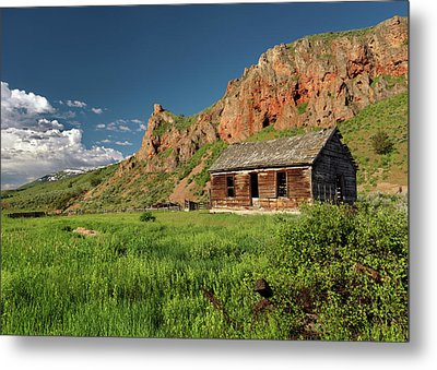 Red Rock Cabin Metal Print by Leland D Howard