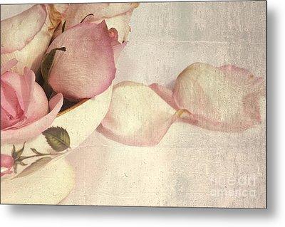 Roses Metal Print by Sophie Vigneault