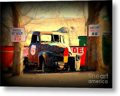Route 66 Parking Lot Metal Print by Susanne Van Hulst