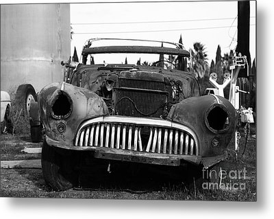 Rusty Old American Car . 7d10343 . Black And White Metal Print by Wingsdomain Art and Photography