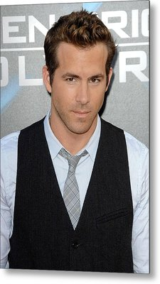 Ryan Reynolds At Arrivals For L.a Metal Print by Everett