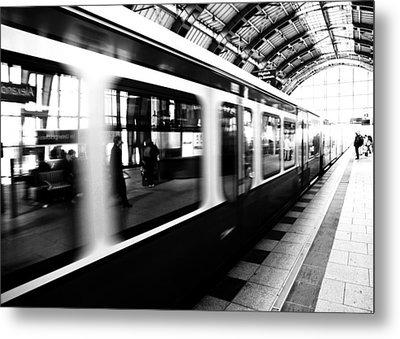 S-bahn Berlin Metal Print by Falko Follert