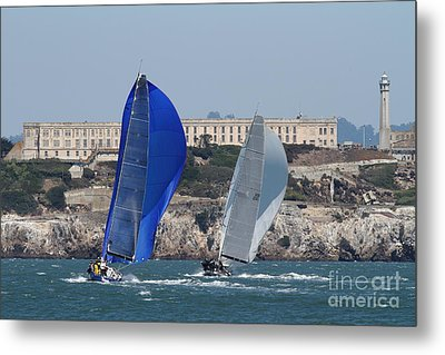 Sail Boats On The San Francisco Bay - 7d18360 Metal Print by Wingsdomain Art and Photography