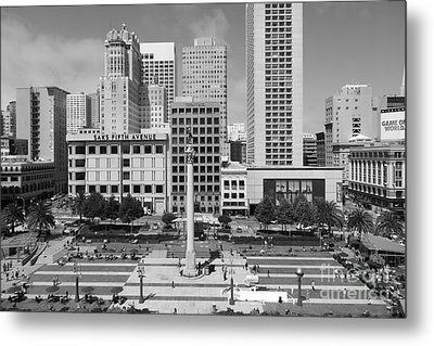 San Francisco - Union Square - 5d17938 - Black And White Metal Print by Wingsdomain Art and Photography