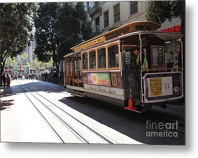 San Francisco Cable Car At The Powell Street Cable Car Turnaround - 5d17963 Metal Print by Wingsdomain Art and Photography