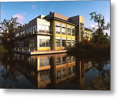 Sanger Centre Used For The Human Genome Project Metal Print by David Parker
