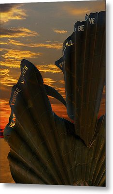 Scallop Sunrise Metal Print by Darren Burroughs