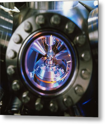 Scanning Electron Microscope Metal Print by Colin Cuthbert