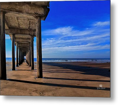 Scripps Pier Late Afternoon Metal Print by Russ Harris