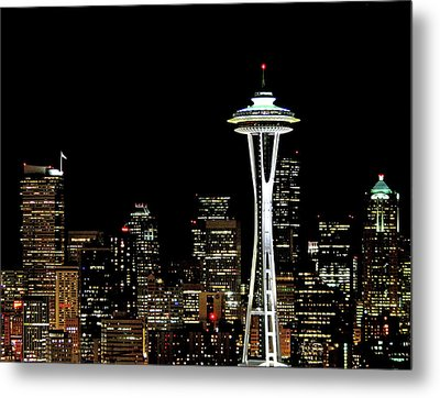 Seattle Skyline With Space Needle Metal Print by Tim Ford